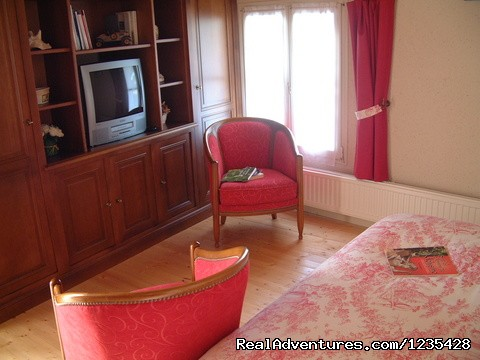 Main bedroom downstairs - Romantic two bedroomed cottage in Vendee, France