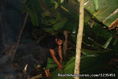 Making the overnight banana leaf shelter in the forest - THE Rainforest Retreat Experience in Thailand