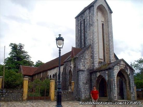 Sapa Church | Image #5/16 | Sapa adventure 2 days 1 night by bus