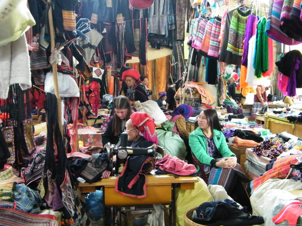 Bac Ha market | Image #9/16 | Sapa adventure 2 days 1 night by bus
