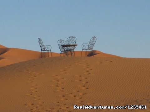 Drink Mint Tea in the desert. - Real Morocco Tours
