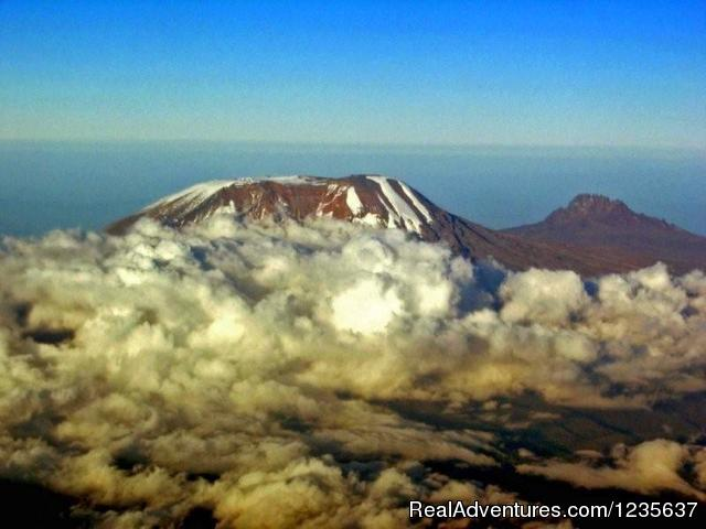 Hiking mount Kilimanjaro - Dream 2 Realities Travel- Tanzania, Kenya Safaris