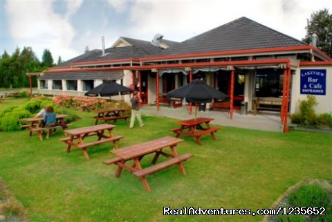 Manapouri Lakeview Cafe & Bar - New Zealand's  lakeview Accomodation Manapouri