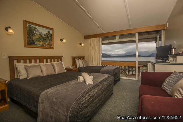 Deluxe King Studio - New Zealand's  lakeview Accomodation Manapouri