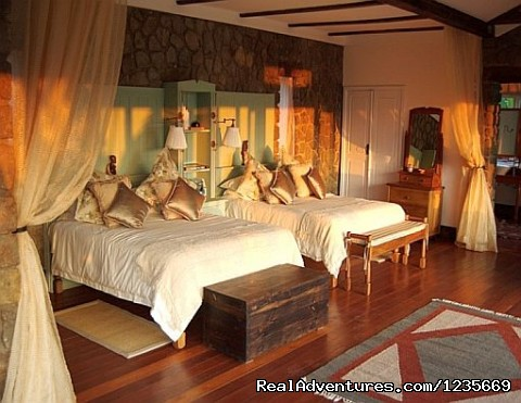 Finest Safari Lodges - Kenya Safari and Mountain Adventures