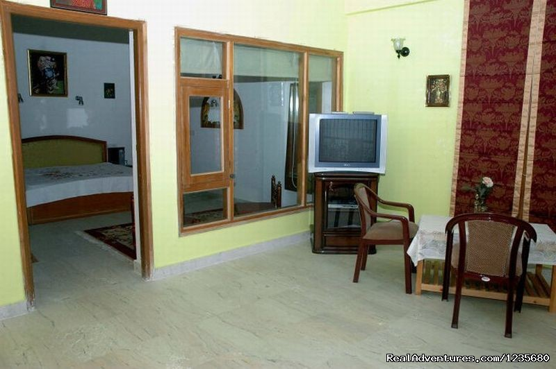 2 Room Suite | Image #14/16 | Aapo Aap Home Stay (B&B), Shimla-India