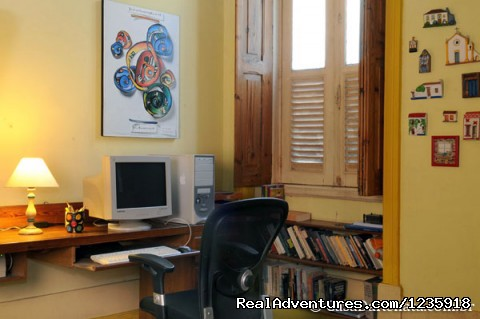 Library - Casa da Renata Bed & Breakfast