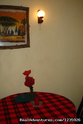 Apartments' Dinning Table - Kundayo Serviced Apartments Lodge