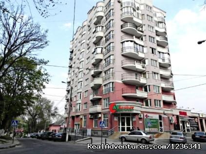 Accommodation in Chisinau, Moldova (#8 of 8) - Luxury 3 rooms apartment in Chisinau
