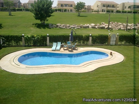 villa for rent 5 room pool in Sheikh zayed City Eg