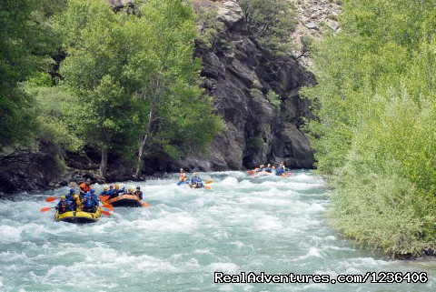 Rafting in Llavors? (Pyrenees) - White Water Rafting in Pyrenees