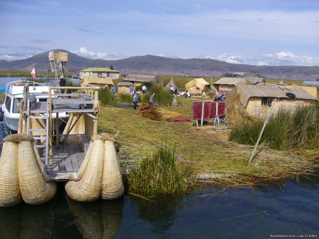 Tours in Puno Uros Takile Amantani | Image #4/12 | Hiking Inca Trail to Machupicchu