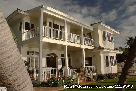 Lahaina Ocean Front Villa: