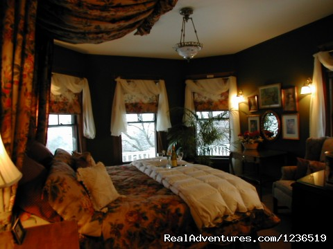 The Master Suite - Greenville Inn at Moosehead Lake
