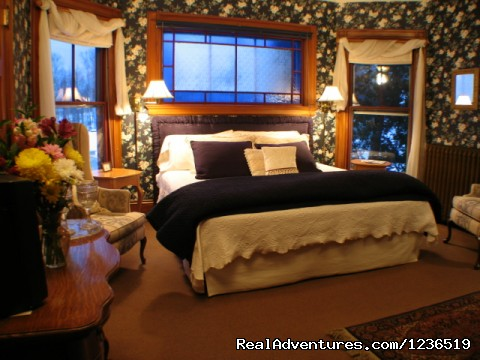 Romantic Room 23 - Greenville Inn at Moosehead Lake
