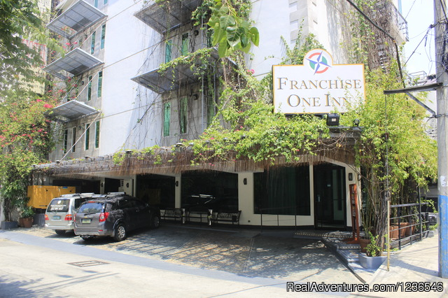 Franchise One Hotel-Makati Prime Accommodation