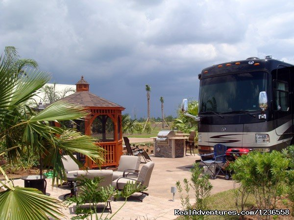 Image #3/13 | Luxury RV Rentals in the USA