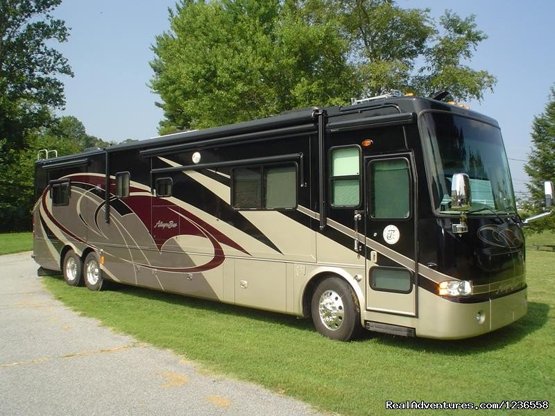Image #7/13 | Luxury RV Rentals in the USA