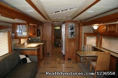 Image #10/13 | Luxury RV Rentals in the USA