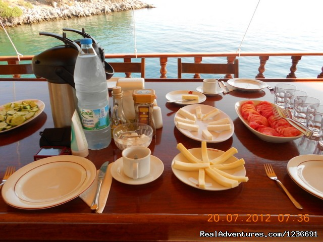 Breakfast on gulet boat. - Blue Cruise in Turkey