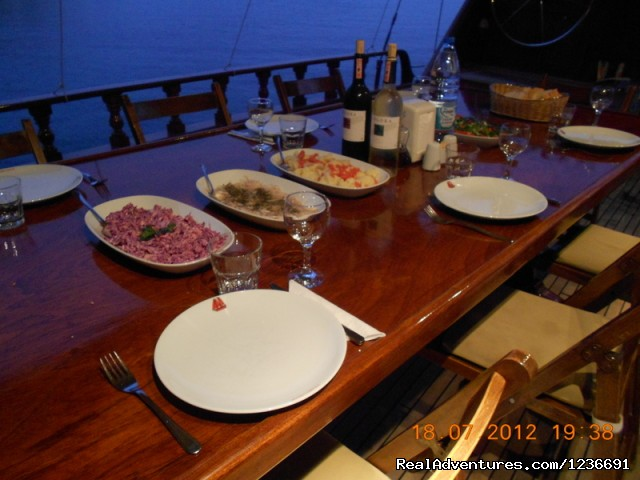 Dinner on gulet boat - Blue Cruise in Turkey