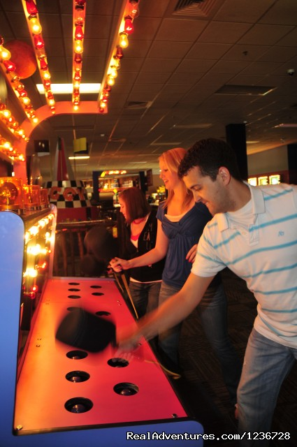 Knuckleheads Bowling & Indoor Amusement Park: Knuckleheads Bowling & Indoor Amusement Park