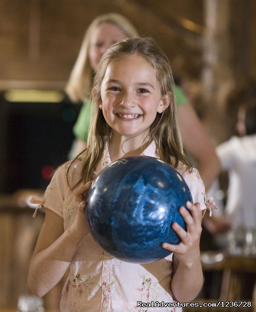 Knuckleheads Bowling & Indoor Amusement Park