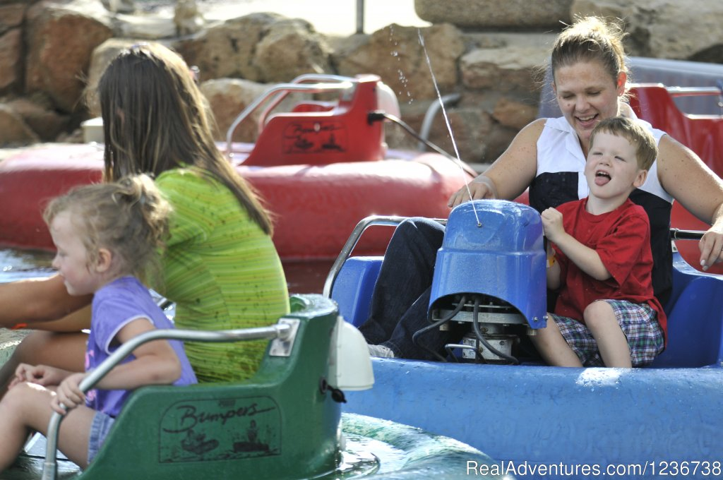 Bumper Boats | Image #2/6 | Timber Falls Adventure Park & Mini Golf