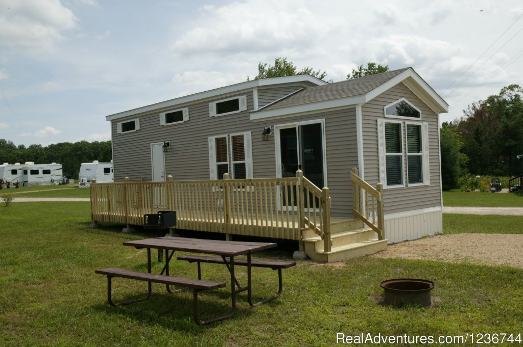 New Cottages for rent - sleep up to 4 people. | Image #9/14 | Arrowhead Resort Campground