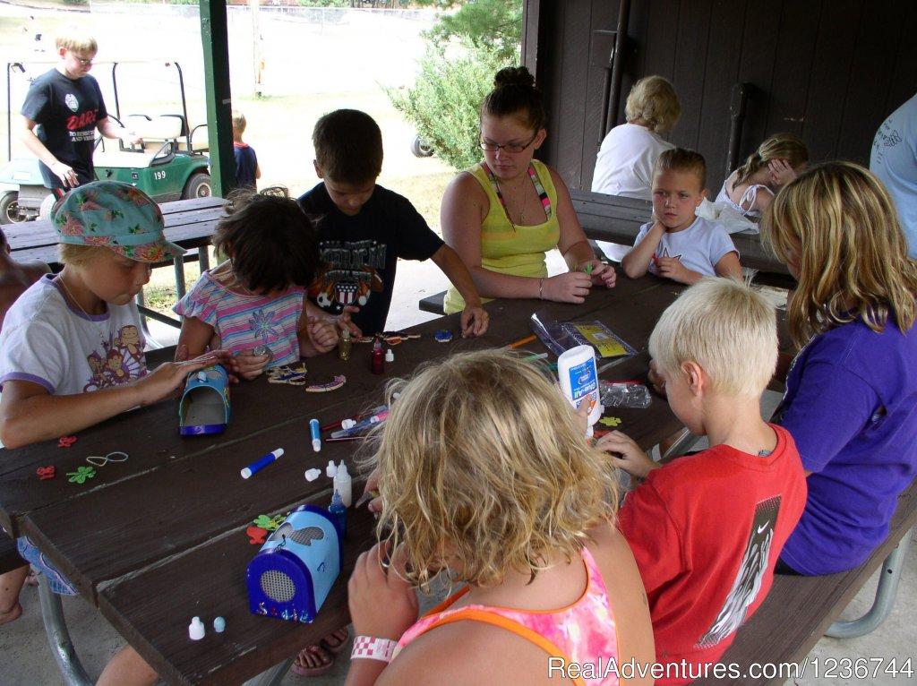 Crafts for Kids | Image #4/14 | Arrowhead Resort Campground