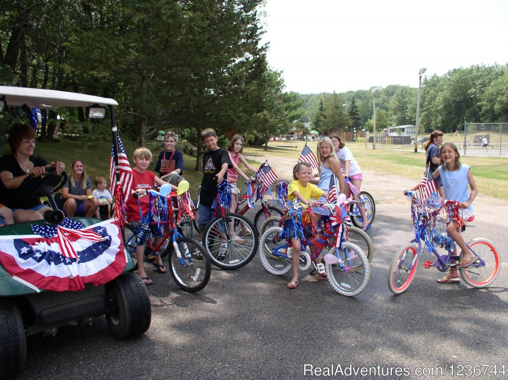 Bike Parades | Image #6/14 | Arrowhead Resort Campground