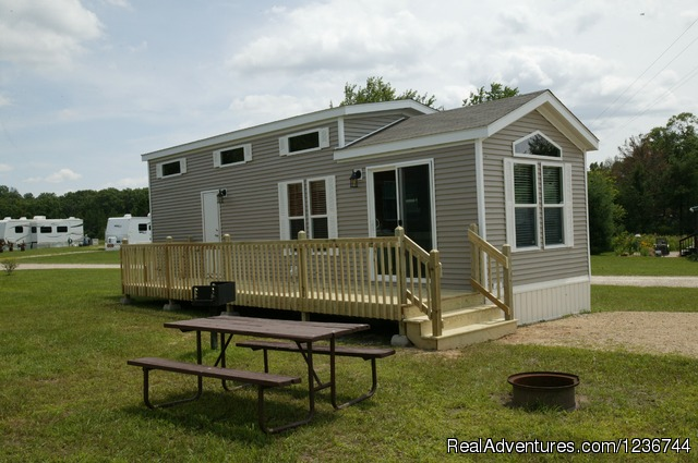 New Cottages for rent - sleep up to 4 people. - Arrowhead Resort Campground