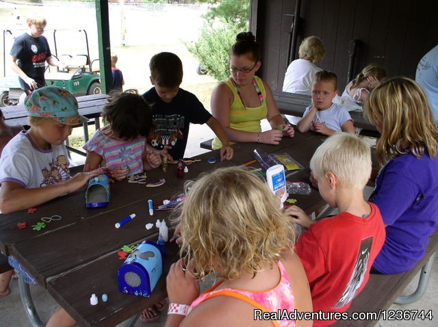 Crafts for Kids - Arrowhead Resort Campground