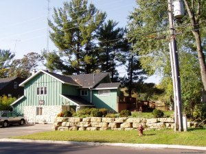 Moonglow Vacation Homes on Beautiful Lake Delton Lake Delton, Wisconsin Vacation Rentals