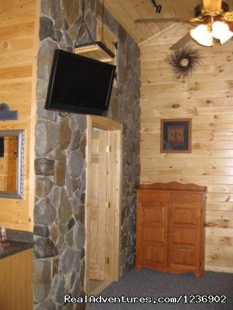 Cabin 2 interior (#4 of 6) - Beautiful Weekends or Vacations At 7 C's Lodging