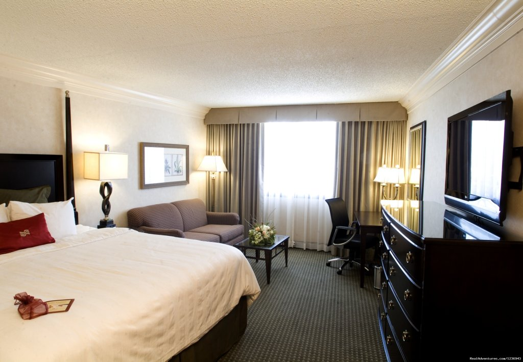 Comfortable Upscale Guestrooms | Image #5/10 | Your Success Matters at the Crowne Plaza Portland