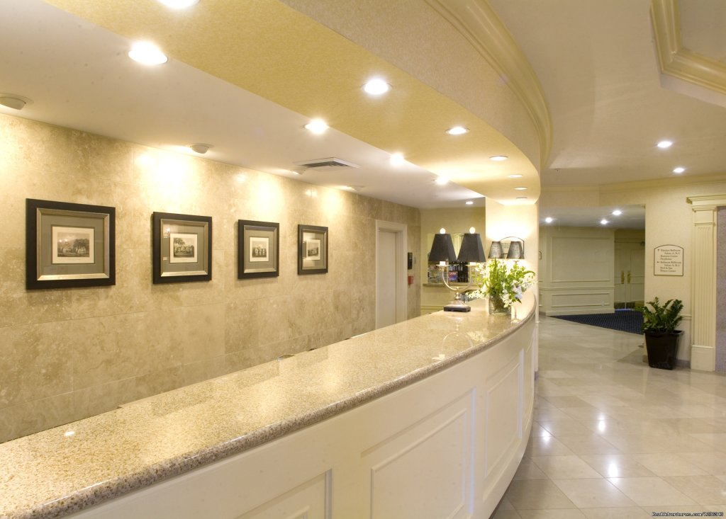 Welcoming Front Desk | Image #7/10 | Your Success Matters at the Crowne Plaza Portland