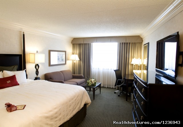 Comfortable Upscale Guestrooms - Your Success Matters at the Crowne Plaza Portland