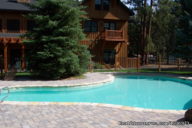 Outdoor Pool - FivePine Lodge & Conference Center