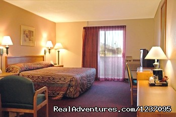 1 King Bed Standard Room - Executive Inn & Suites of Tucson