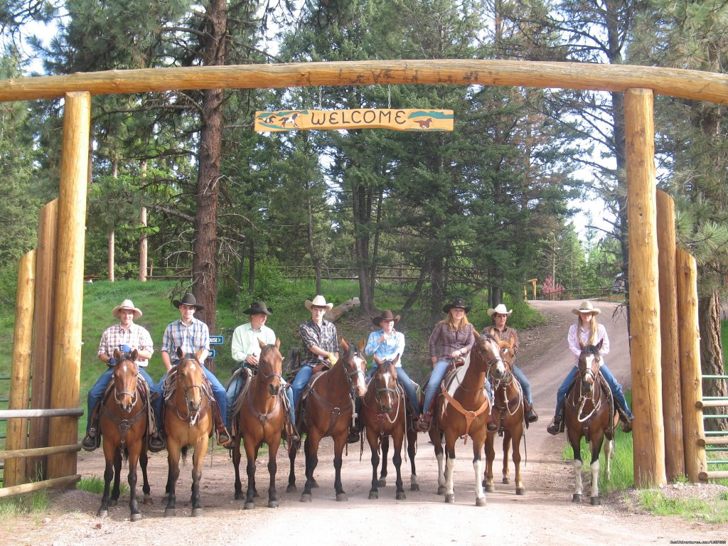 Welcome Rich's Montana Guest Ranch | Image #4/20 | Horseback Riding Adventures