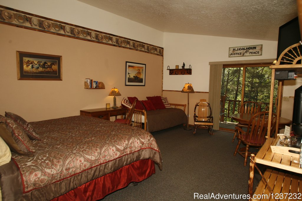 Well-appointed cabins | Image #10/20 | Horseback Riding Adventures