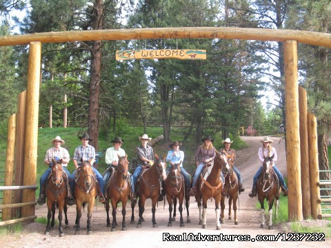 Welcome Rich's Montana Guest Ranch - Horseback Riding Adventures
