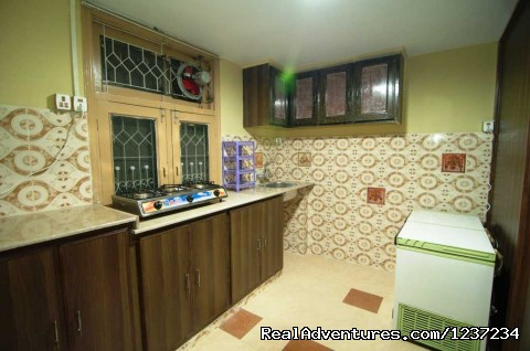 Shared Kitchen at Rooms alike Hotel Guest House in Islamabad - RooMs Islamabad