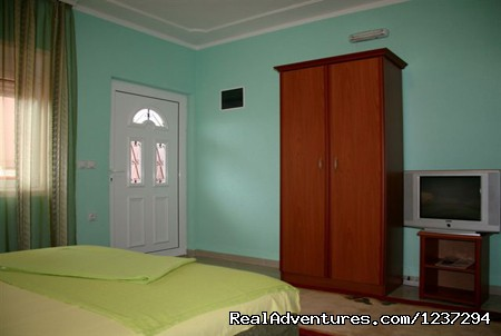 - Apartments House Adriatica Ulcinj