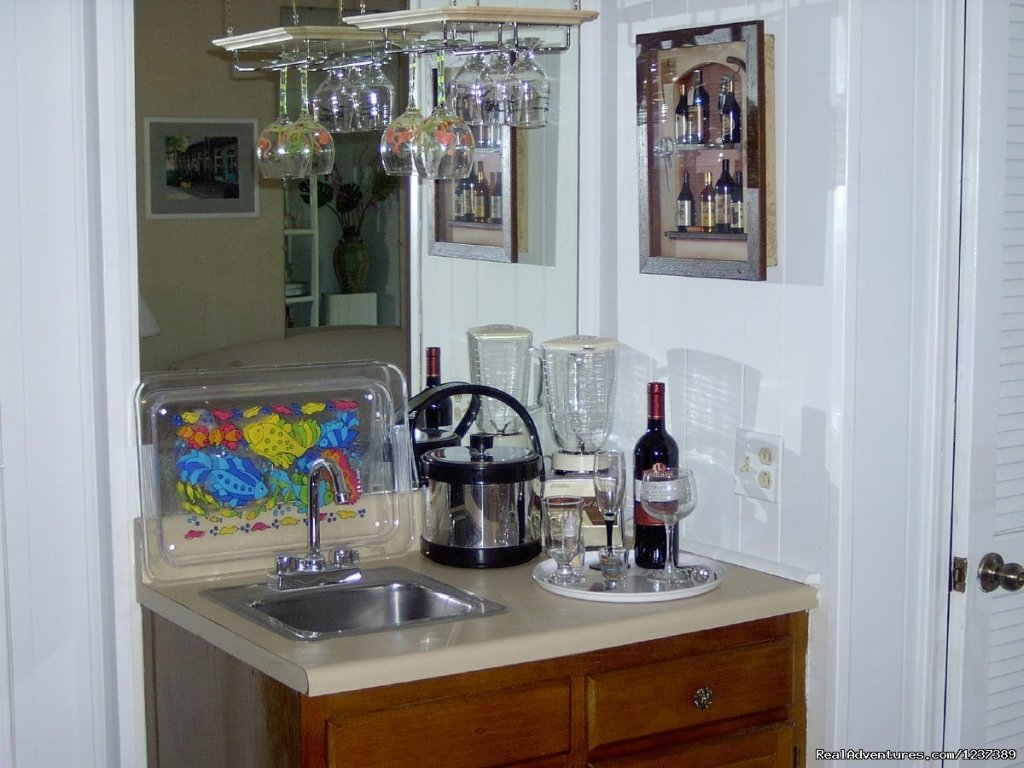 Wet Bar off of Dining Area | Image #11/16 | OCEAN RESORT w/Largest Pool On Island On Beach