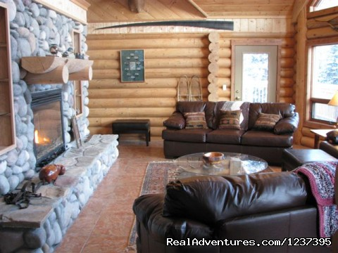 Main Living Room - Upscale Lodging on the Kenai River, Alaska