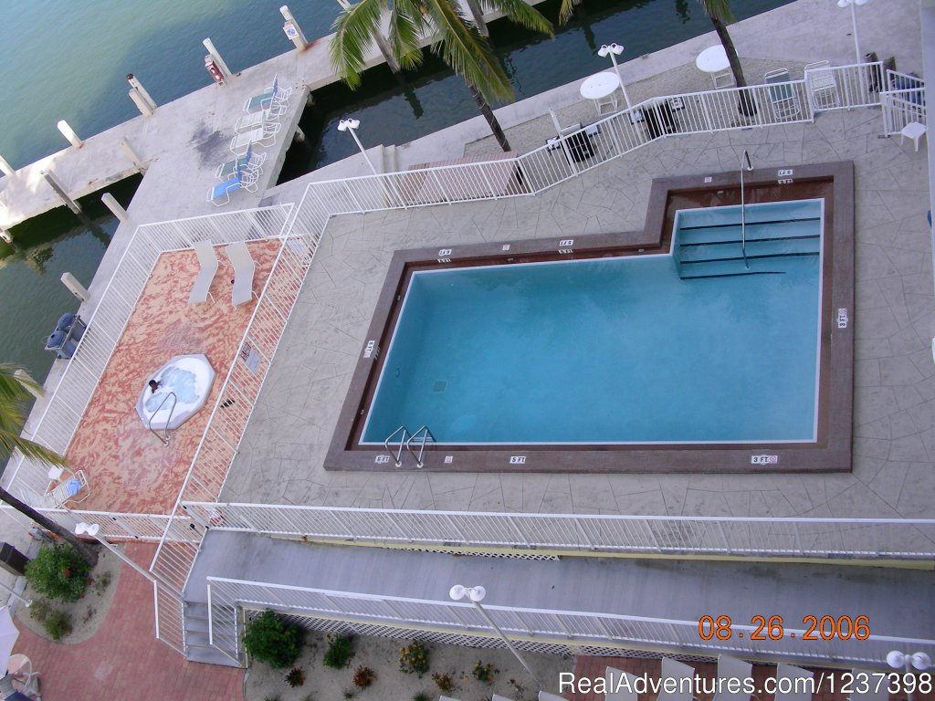 Pool and Jacuzzi | Image #8/10 | Anchorage Resort and Yacht Club Condo Assoc.