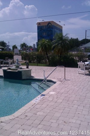 Rodeway Inn & Suites Hotels & Resorts Key Largo, Florida