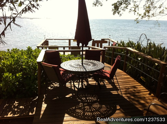 Breakfast anyone? - Romantic Private Island Home - weekly rental